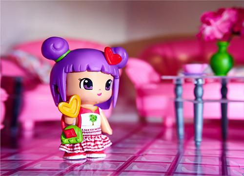 toys image editing